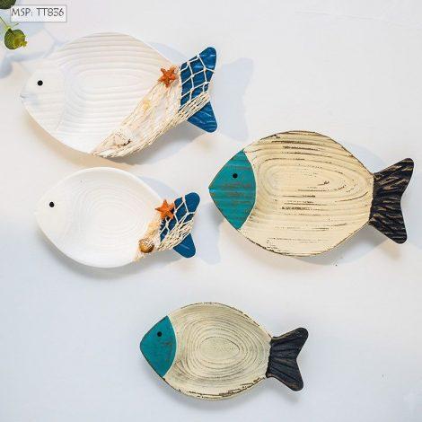 Đôi cá gỗ treo tường